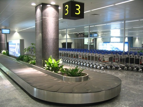 BIAL_arrival_luggage_belt_3