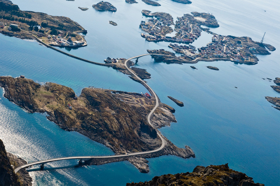 10norways-atlantic-ocean-road