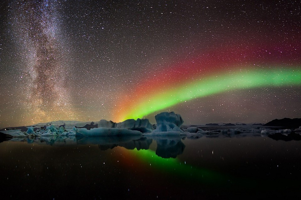 13colors-of-aurora-borealis