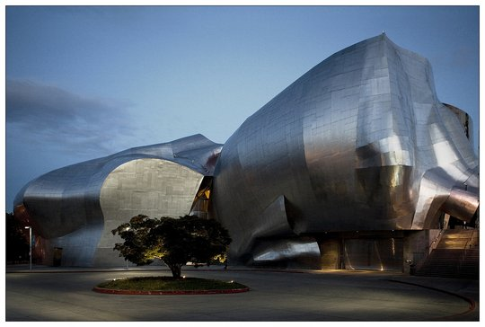 Центр музыки Experience Music Project в Сиэтле