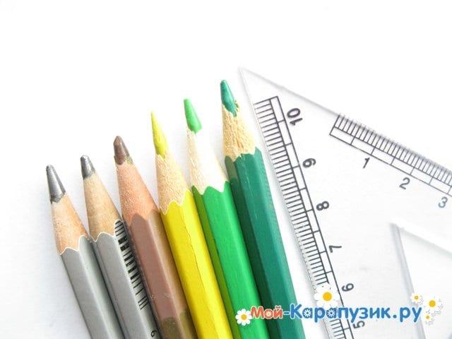 Поэтапное рисование города цветными карандашами - фото 1