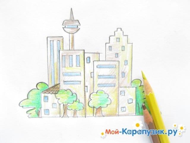 Поэтапное рисование города цветными карандашами - фото 11