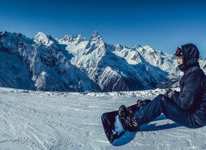 Зимний отдых в горах Северного Кавказа. Отель Адиюх-Пэлас. Хабез, Карачаево-Черкесия.