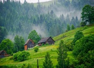Летний отдых в горах Северного Кавказа. Отель Адиюх-Пэлас. Хабез, Карачаево-Черкесия.