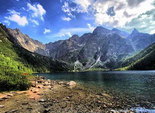 Летний активный отдых в горах Архыза. Отель Адиюх-Пэлас. Хабез, Карачаево-Черкесия.