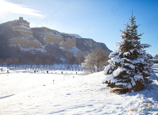 Башня Адиюх зимой. Отель Адиюх-Пэлас. Хабез. Карачаево-Черкессия.