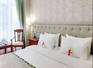 Отель Адиюх-Пэлас. Хабез, Карачаево-Черкесия. Горы, озеро, шашлыки.