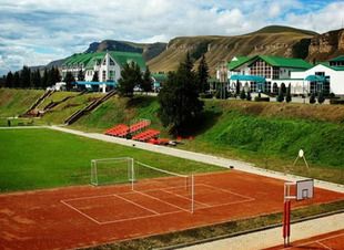 Отель Адиюх-Пэлас. Хабез, Карачаево-Черкесия. Отдых на природе в горах.