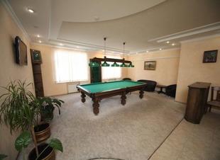 Бильярд. Отель Адиюх-Пэлас. Хабез, Карачаево-Черкесия.