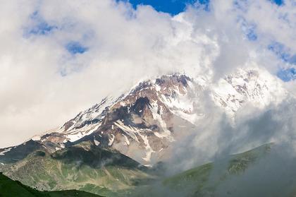 Отдых в горах Северного Кавказа. Коттедж у озера. Отель Адиюх-Пэлас.