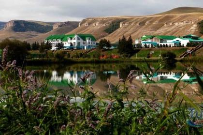 Отдых в горах. Коттедж у озера. Отель Адиюх-Пэлас.