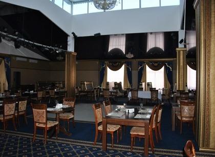 Свадебный банкет в горах. Ресторан Минара. Отель Адиюх-Пэлас. Хабез, Карачаево-Черкесия.
