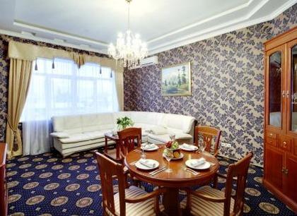 Проведение свадебного банкета в ресторане Минара. Отель Адиюх-Пэлас. Хабез, Карачаево-Черкесия.
